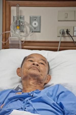 Ältere PATIEN im Krankenhaus Standard-Bild