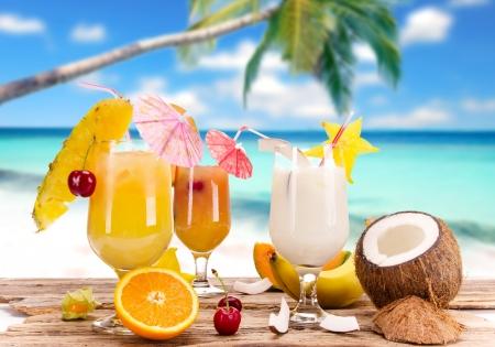 coconut sugar: Fruit cocktails on the beach
