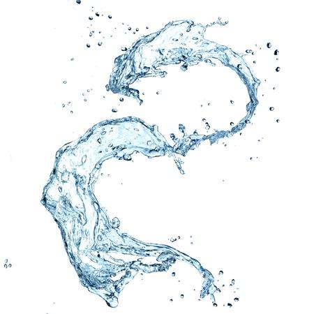 L'acqua spruzzata su sfondo bianco