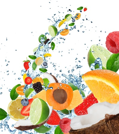 水のしぶきで新鮮な果物