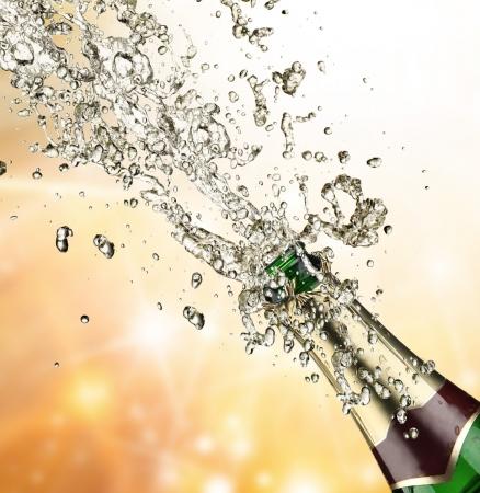 Close-up di esplosione champagne
