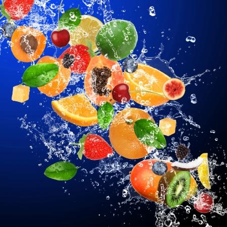 succo di frutta: Frutti tropicali in spruzzi d'acqua Archivio Fotografico