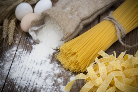 un cook: Close up on assortment of uncooked pasta  Stock Photo