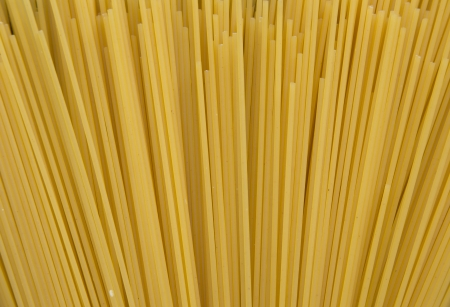 un cook: Bundle of long spaghetti