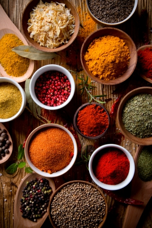 curry powder: Assorted spices on wooden background