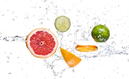 grapefruits: Fresh fruit with water splash