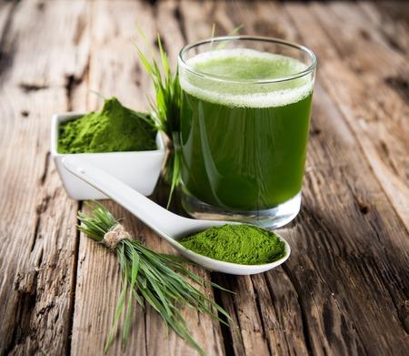 vegetarians: Young barley and chlorella spirulina  Detox superfood  Stock Photo