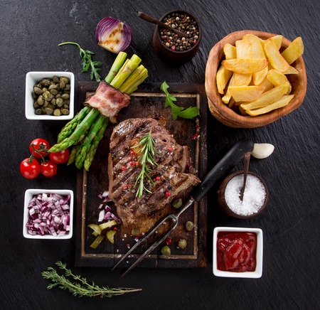 steak beef: 1df3bda2-f2a5-46e1-9c58-97f88f0ba572 Stock Photo
