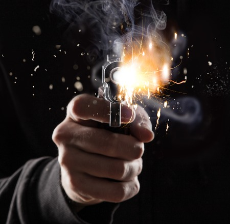拳銃の殺人者 写真素材