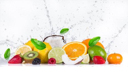 Vers fruit met water splash Stockfoto