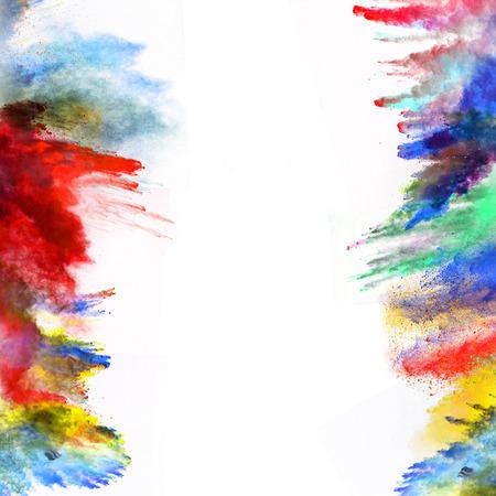 Lanzado en polvo colorido, aislado en fondo blanco Foto de archivo