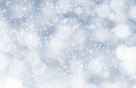 neige qui tombe: Résumé de fond de Noël avec la chute des flocons de neige