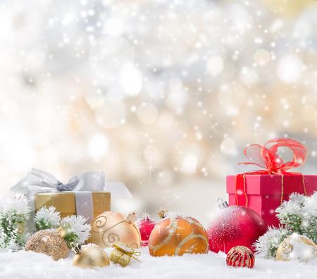 Résumé de fond de Noël avec la chute des flocons de neige Banque d'images - 48713156