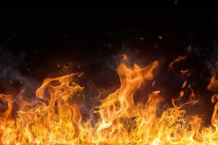 黒の背景に炎を発射クローズ アップ。 写真素材 - 53126326