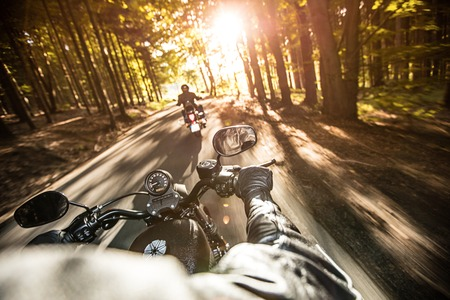 ハイパワー バイクのクローズ アップ、チョッパーします。