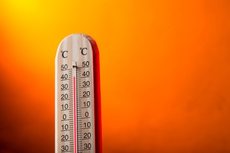 Celsius thermometer with hot background Zdjęcie Seryjne