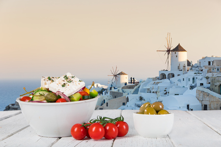 Greek food background. Traditional different greek dishes. Close-up 免版税图像 - 120490015