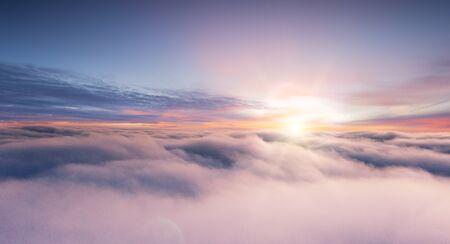 Sunset sky from the airplane window Zdjęcie Seryjne