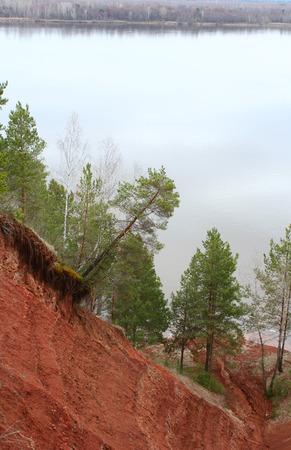 breakage: Rotura cerca del r�o Foto de archivo