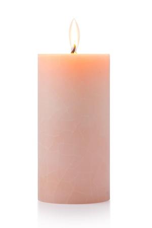 Brennen orange Kerze, isoliert auf weiß