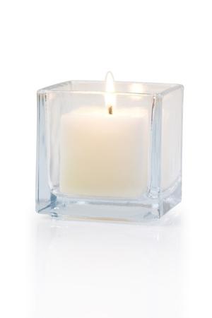 Brennende Kerze Seitenansicht 20 Grad, auf weißem Hintergrund Standard-Bild - 15479017