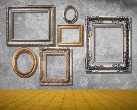 Frames auf grung Wand im Zimmer.