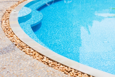 pool diving: outdoor shallow water swimming pool Stock Photo