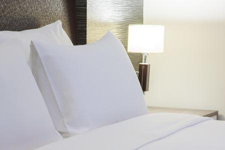 豪華なモダンなホテルの部屋、バンコク、タイ。 写真素材