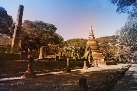 The ancient temple in Si Satchanalai Historical Park, Sukhothai province, Thailand. Lizenzfreie Bilder