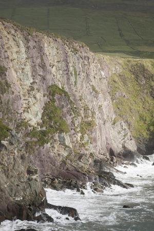 dunquin: Cliffs at Dunquin, Dingle Peninsula, Ireland Stock Photo