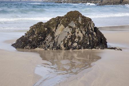 dingle: Rock on Coumeenoole Beach, Slea Head; Dingle Peninsula; Ireland