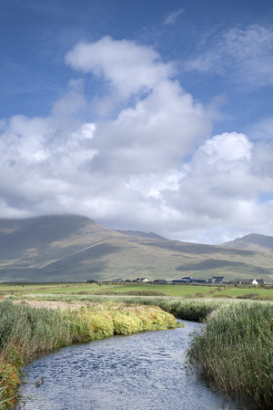 dingle peninsula: Mountains, Rivers and Cloudscape in Dingle Peninsula, Ireland