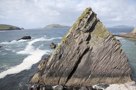 dunquin: Rock at Dunquin Harbour, Slea Head; Dingle Peninsula; Ireland