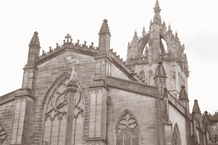 giles: St Giles Cathedral Church Facade, Royal Mile; Lawnmarket; Edinburgh; Scotland in Black and White Sepia Tone