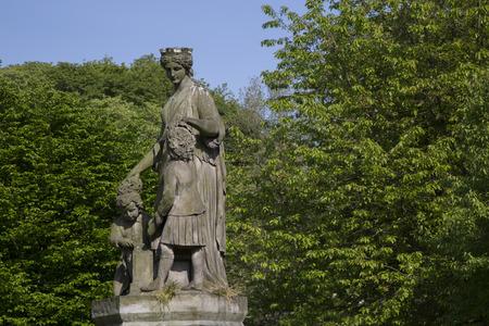 princes street: Statue in Princes Street Gardens, Edinburgh, Scotland Stock Photo