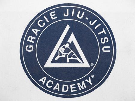 defensa personal: PLEASANT VALLEY CANADÁ 29 de abril 2015: El JiuJitsu Academia Gracie fue establecida en Brasil por Carlos Gracie en 1925. La Academia se basa actualmente en California y continúa enseñando el arte de defensa personal en una base global. Editorial