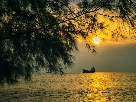 seascapes: ship under sunset