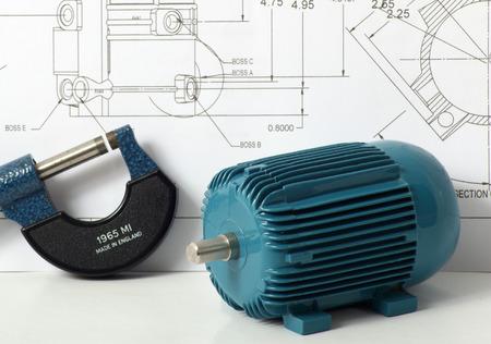 Une image d'un concept technique montrant un modèle d'un moteur électrique et un micromètre
