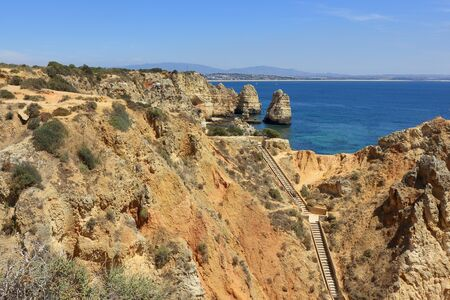 the deep cliffs and high rock formations at Ponta Da Piedade