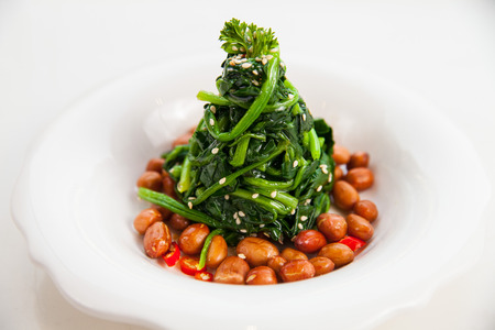 chinese spinach: Spinach salad