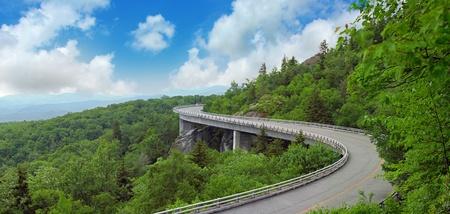 Blue Ridge Mountains: Mountain Road