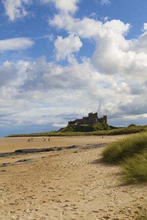 Bamburgh Castle and beach Reklamní fotografie - 20355501