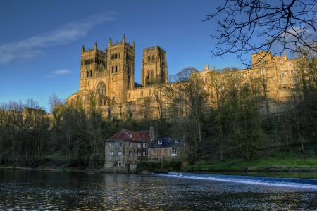 durham: Durham Cathedral captured on a spring evening Stock Photo