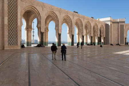 Hassan 2 mosque in Casablanca Morocco 12/31/2019 tourists admiring many arches Banco de Imagens