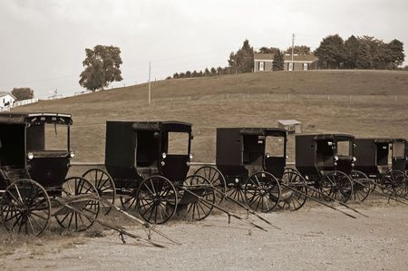amish buggy: Buggy Dealers lot in Amish country