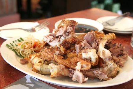 philippino: Fried pork knuckles crispy pata traditional Philippino dish