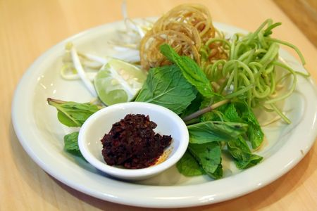 vietnamse: Traditional vietnamse accompaniement of raw vegetables and herbs