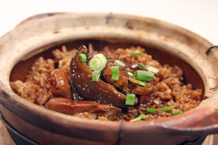 Chicken claypot rice traditional chinese cuisinie photo