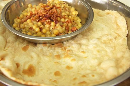 unleavened: Traditional indian cuisine of unleavened bread and beans