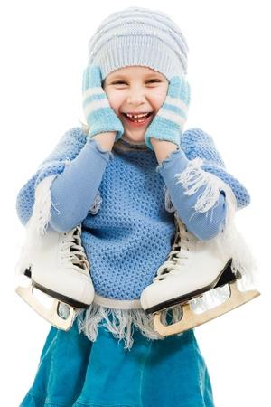schaatsen: Een meisje met schaatsen op een witte achtergrond.